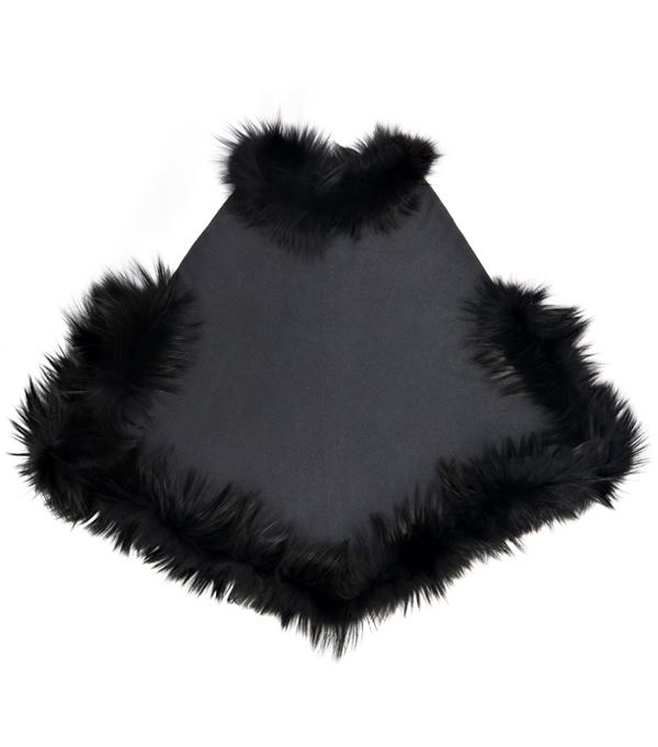 Mantella in cashmere con inserti in pelliccia di Leopolda cashmere Pisa