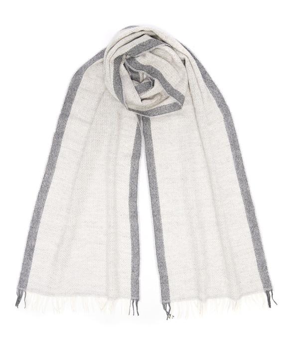 Sciarpa in cashmere colore perla made in Italy di Leopolda cashmere