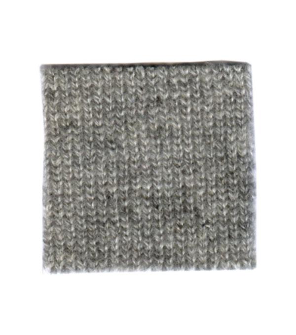 maglia in cashmere realizzata su richiesta nello shop online di Leopolda cashmere - made in Italy