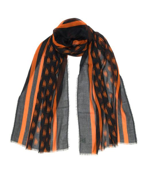 stola in cotone colore arancio e nero di leopolda manifatture artigiane italia