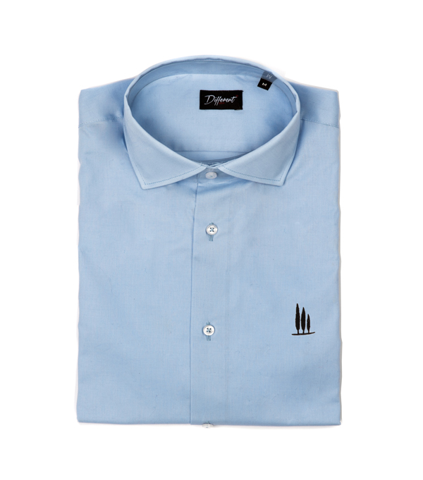 Light blue men's shirts in cotton with an excellent fit