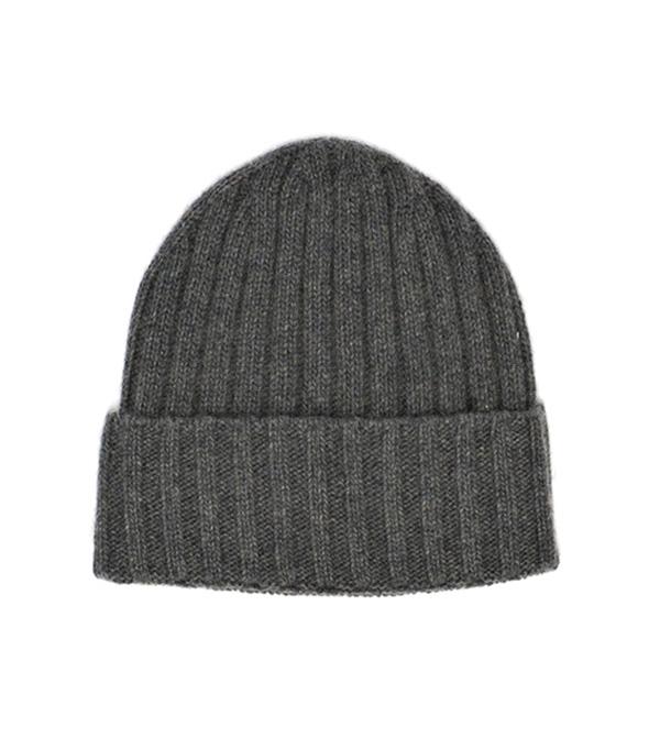 cappello papalina di colore nero in finissimo cashmere Leopolda manifatture artigiane