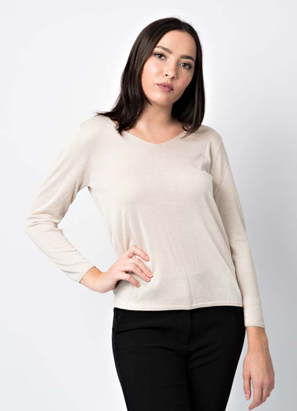 woman knitwear cashmere, silk and wool made in Italy