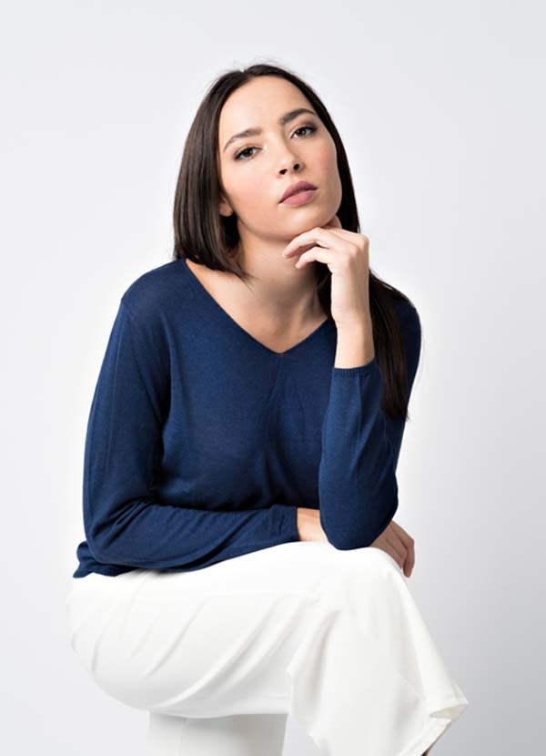 woman knitwear cashmere, wool and silk made in Italy