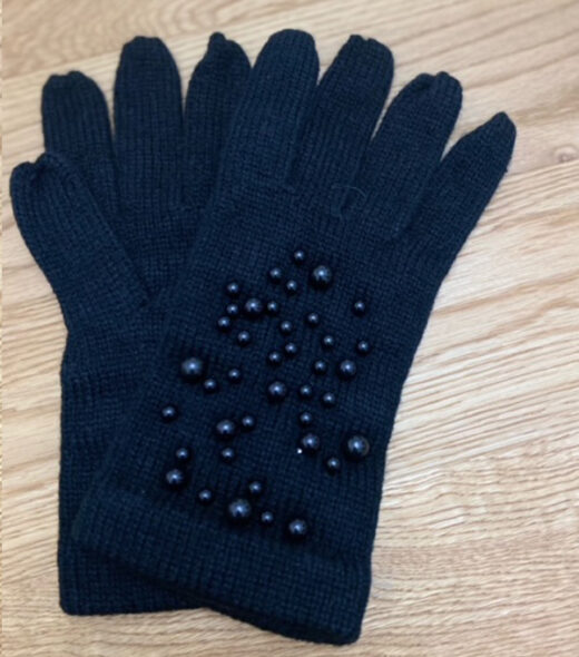 guanti donna con perle applicate sul dorso della mano leopolda